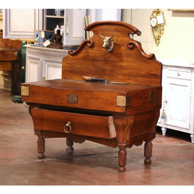 Metal 19th Century French Carved Butcher Block With Back and Bronze Cow Head For Sale - Image 7 of 13