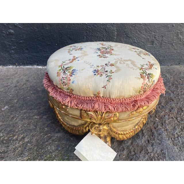 Gold Early 18th Century Vintage Giltwood Italian Carved Foot Stool For Sale - Image 8 of 9