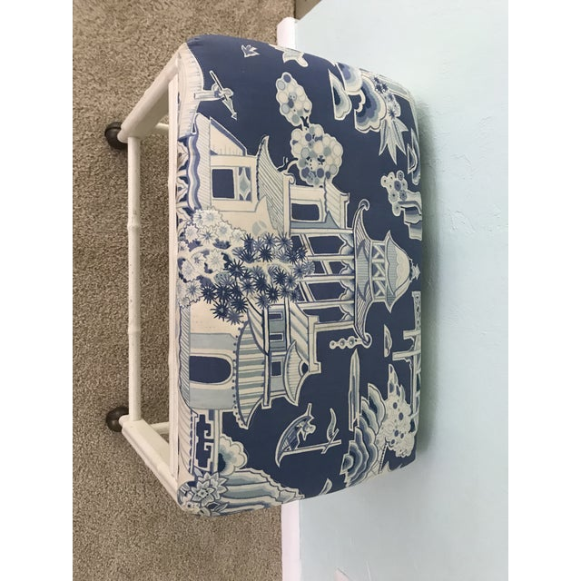 Chinoiserie Vintage Drexel Faux Bamboo Vanity Stool For Sale - Image 3 of 9