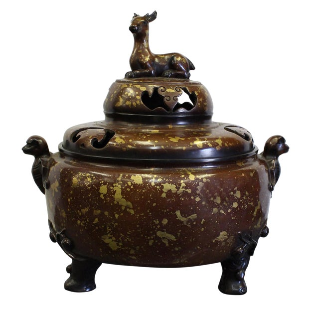 Chinese Fine Bronze Metal Deer Theme Incense Burner For Sale