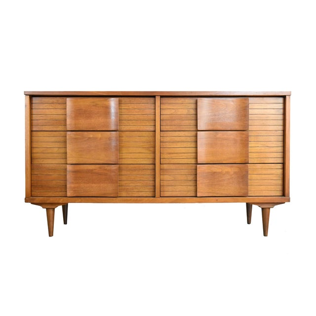 Johnson Carper Fashion Trend Double Dresser - Image 1 of 10