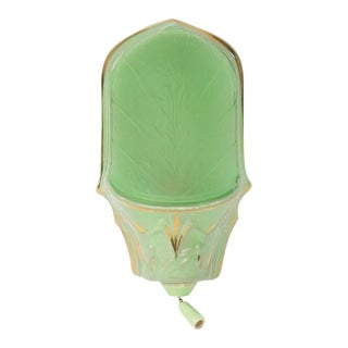 1930's Art Deco Green Porcelain and Glass Sconce For Sale