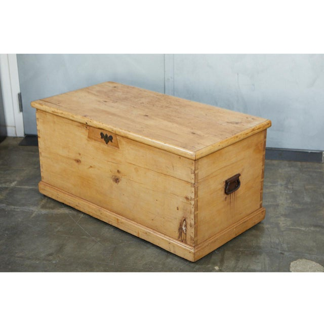 English Traditional Large English Pine Trunk For Sale - Image 3 of 9