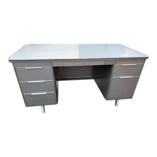 Vintage Mid Century Modern General Fireproofing Metal Executive Desk For Sale
