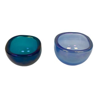Pair of Small Venini Bowls by Carlo Scarpa For Sale