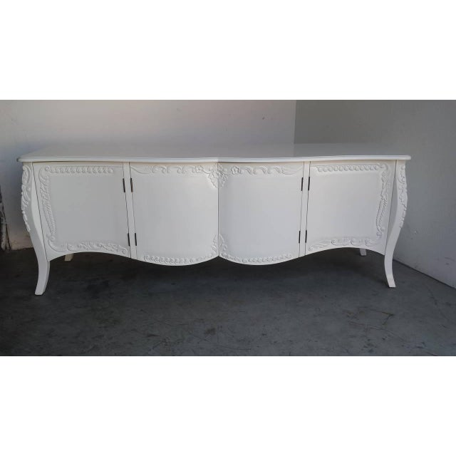 French Provincial Farmhouse Style White Buffet - Image 2 of 7