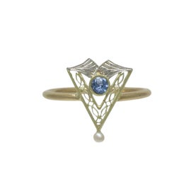 Image of Edwardian Jewelry and Accessories