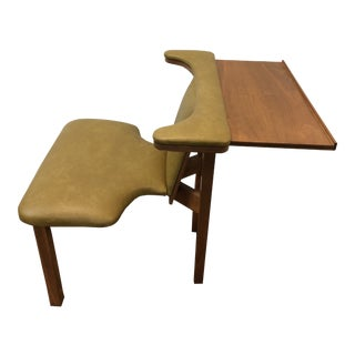 Mid Century Modern Reading Chair For Sale