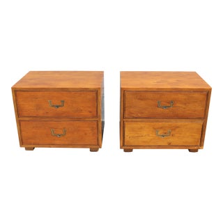 1960s Vintage Henredon Nightstands-a Pair For Sale