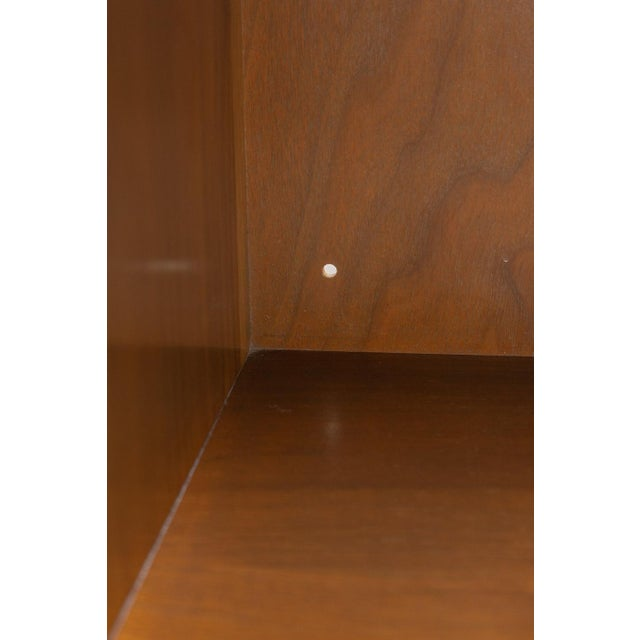 Mid Century Paul McCobb for Calvin Chest of Drawers For Sale - Image 10 of 11