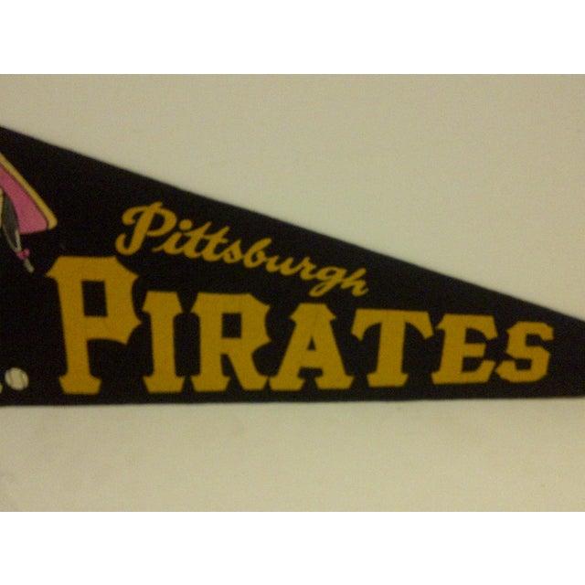 1960s Vintage Baseball Team Pennant - Mlb - Pittsburgh Pirates - Circa 1960 For Sale - Image 5 of 7