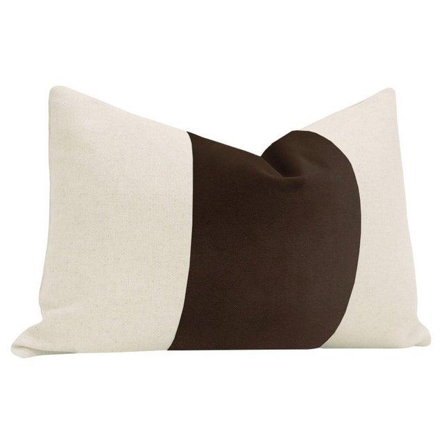 "Contemporary 12""x 18"" Chocolate Velvet Panel & Linen Lumbar Pillows - a Pair For Sale - Image 3 of 5"