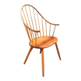 "Vintage Thos. Moser Studio Craft ""Continuous"" Windsor Style Arm Chair in Cherry For Sale"