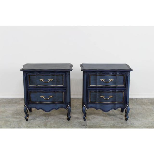 French Provincial 1960s Blue French Provincial Nightstands - a Pair For Sale - Image 3 of 10