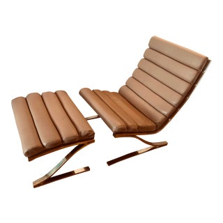 Design Institute of America Leather Cantilevered Lounge Chair and Ottoman 1985 - 2 Pieces For Sale