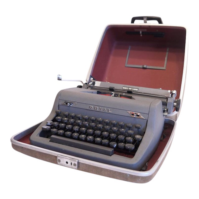 Vintage Royal Quiet Deluxe Typewriter - Image 1 of 9