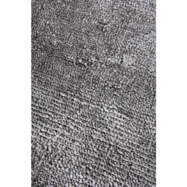 Contemporary Exquisite Rugs Milton Hand Loom Viscose Light Silver - 6'x9' For Sale - Image 3 of 8