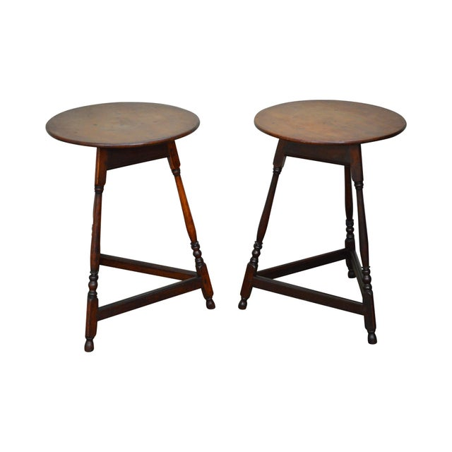 Kensington Furniture Antique Pair of Round English Tavern Tables - Image 11 of 11