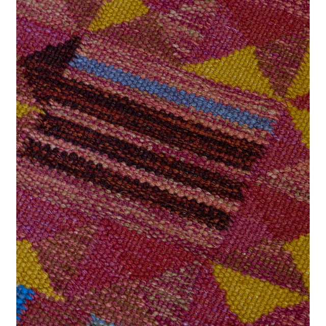 Hand-Woven Swedish Style Wool Flat-Weave Rug For Sale In Los Angeles - Image 6 of 7
