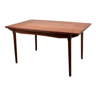 Danish Modern Teak Dining Table With Two Pull-Out Leaves For Sale