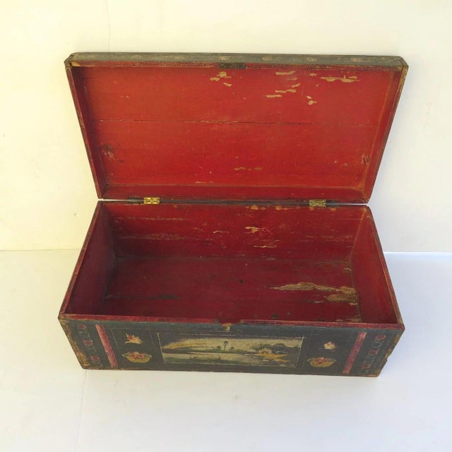 19th Century 19th Century Olinala Guerrero Traditional Mexican Lacquered and Hand Painted Blanket Chest For Sale - Image 5 of 8