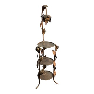 Metal 3-Tiered Lamp Stand
