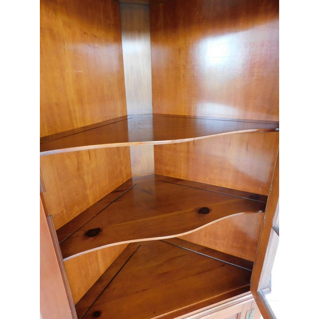 Brown Henkel Harris Chippendale Style Pine 9 Pane Corner Cabinet For Sale - Image 8 of 13