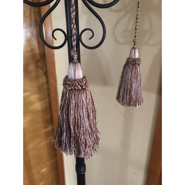 These are a pair of gorgeous custom Key Tassels from Samuel & Sons. They were never used. It was a custom order for a...