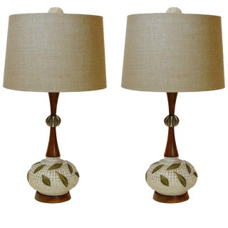 Pair of Mid-Century Modern Walnut and Ceramic Lamps For Sale