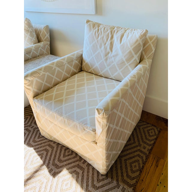 Traditional Traditional Serena & Lily Spruce Street Slipcovered Chairs - a Pair For Sale - Image 3 of 7