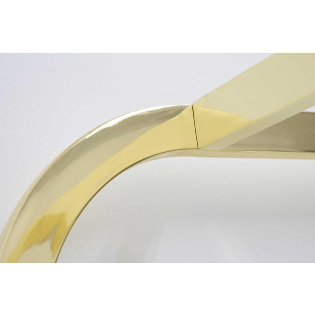 One of his popular pieces that exhibits great design. A timeless piece that works in any interior. Milo Baughman for...