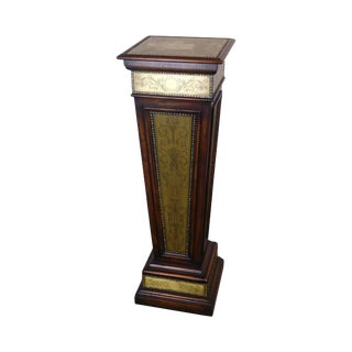 Theodore Alexander Louis XVI Style Engraved Brass Armoury Column Pedestal For Sale