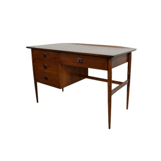 Bassett Furniture Mid-Century Modern Walnut Desk For Sale