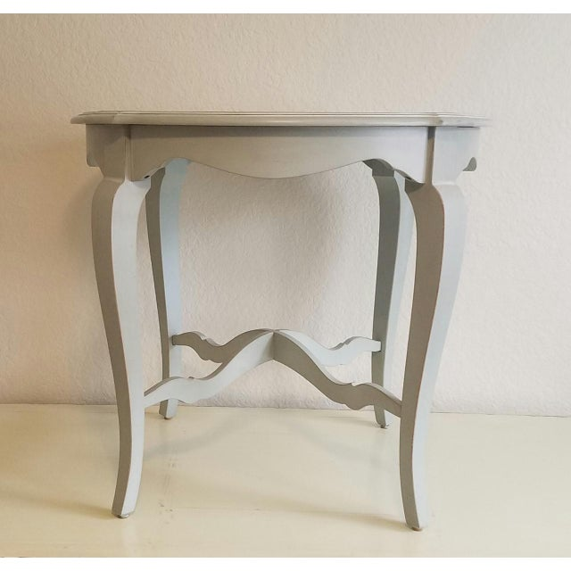 French Country Ethan Allen Fabian Robin's Egg Blue Finish Accent Table For Sale - Image 3 of 3
