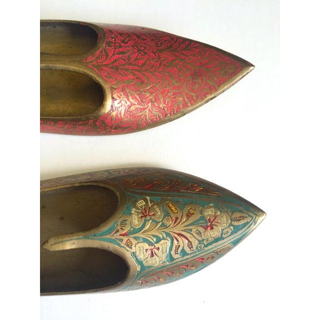 Vintage Mid Century India Cast Brass Incised Enamel Shoes Incense Burner Ashtrays - Set of 2 For Sale - Image 9 of 13
