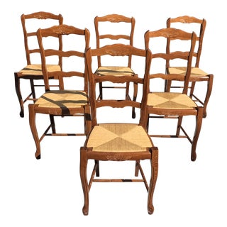 1910s Vintage French Country Rush Seat Walnut Dining Chairs - Set of 6 For Sale
