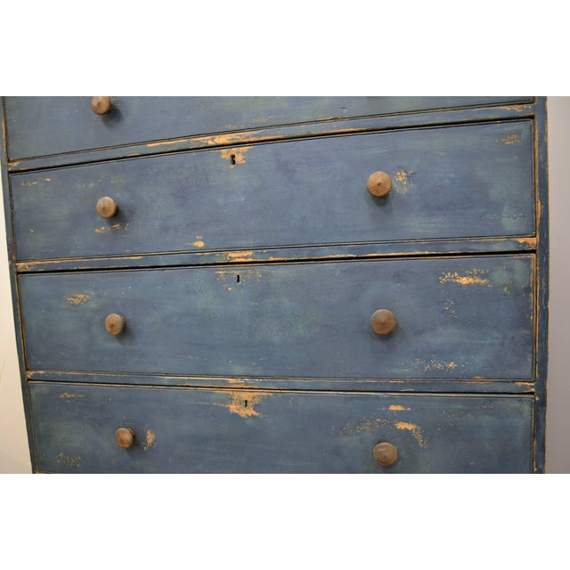 Gray English Chest of Drawers, Early 19th Century For Sale - Image 8 of 11