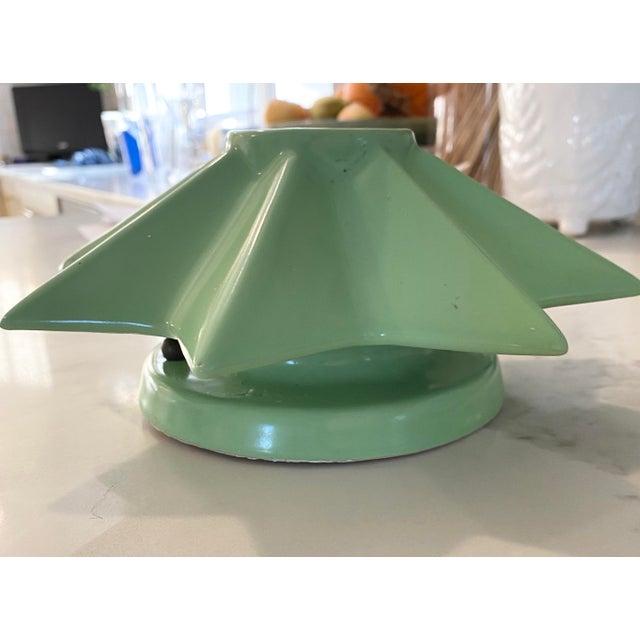 "Mid-Century Modern 1940s ""Ecolite"" Ceramic Star Light For Sale - Image 3 of 6"
