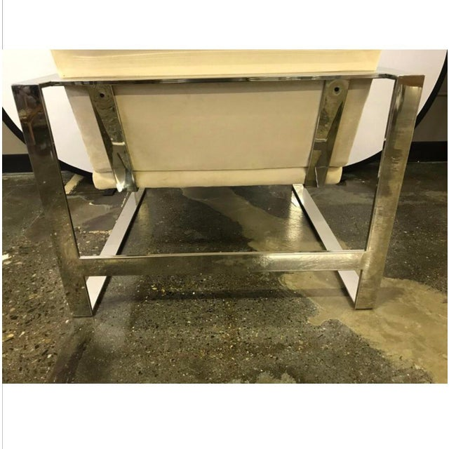 Mid-Century Chrome Cantilevered Lounge Chair For Sale In New York - Image 6 of 9