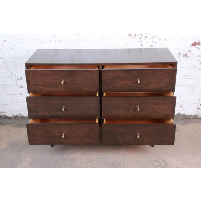 Metal Paul McCobb Planner Group Six-Drawer Dresser, Newly Refinished For Sale - Image 7 of 13