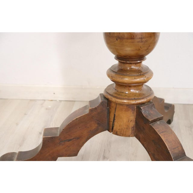 Brown 19th Century Italian Louis Philippe Walnut Round Centre Table For Sale - Image 8 of 11
