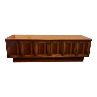 1950s Mid-Century Modern Lane Altivista Cedar Hope Storage Chest For Sale