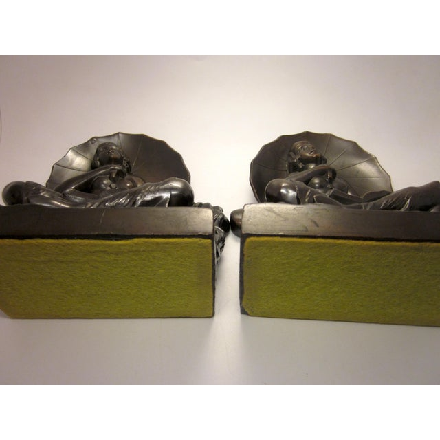 "Black Early 20th Century Art Nouveau/Art Deco ""Umbrella Girl"" Cast Metal Bookends - a Pair For Sale - Image 8 of 10"
