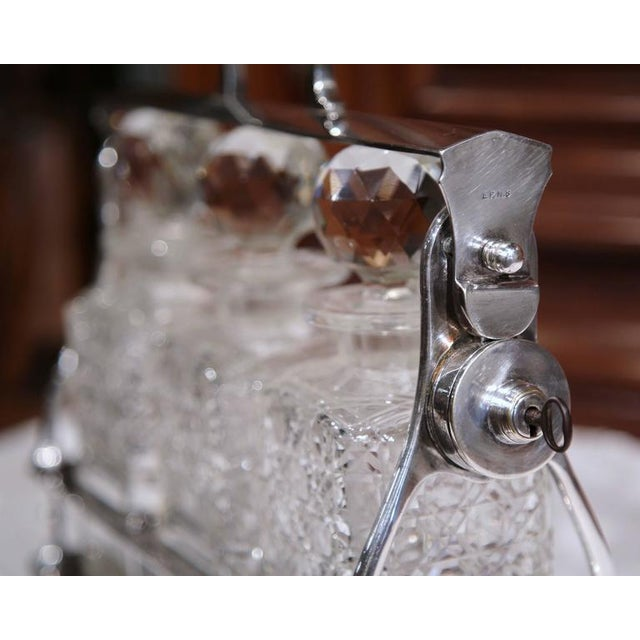 19th Century English Silver Plated 3-Carafe Tantalus With Lock Mechanism For Sale In Dallas - Image 6 of 8