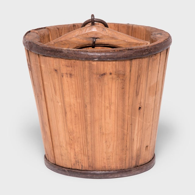 Early 20th Century Provincial Chinese Water Bucket For Sale - Image 5 of 5