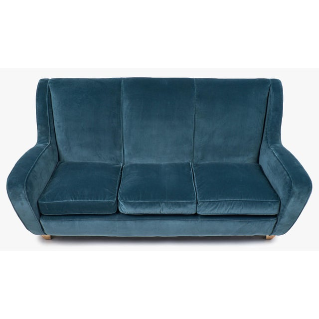 Mid-Century Modern Mid-Century Italian Poltrona Frau Velvet Sofa For Sale - Image 3 of 10