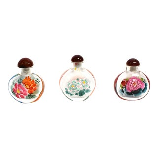 Eglomise Reverse Painted Peony Snuff Bottles - Set of 3 For Sale