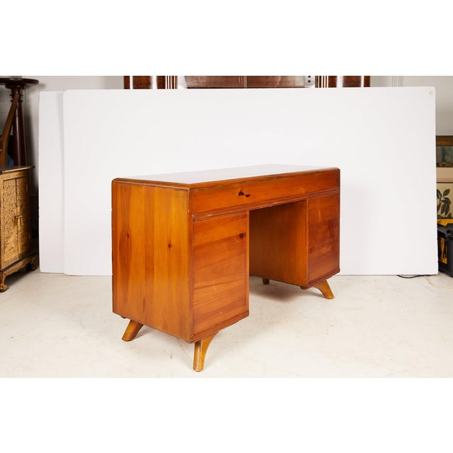 Mid-Century Modern Midcentury Sculptured Pine Desk by the Franklin Shockey Company For Sale - Image 3 of 13