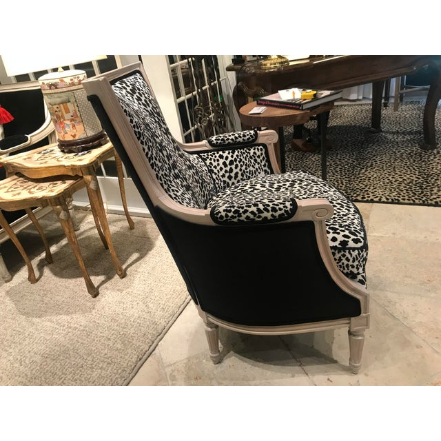 1970s Vintage French Bergere Leopard Print Chair For Sale - Image 4 of 7