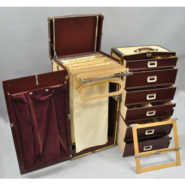 1930s Traditional Oshkosh the Chief Wardrobe Steamer Trunk For Sale - Image 4 of 13